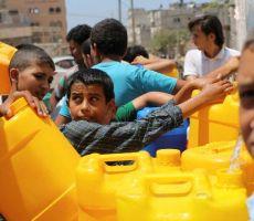 تقرير : المياه المالحة تفتك بحياة سكان غزة ولا حلول في الأفق!!