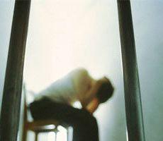 السجن 20 عاما لرجل تسبب فى تشويه وجه امرأة بإيطاليا