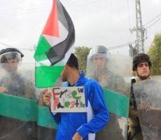 الاحتلال يقمع مسيرة المعصرة