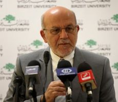 رئيس جامعة بيرزيت يدعو إلى إنشاء مؤسسة إقراض للطلبة
