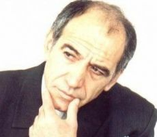 أهزوجةُ مفاتيح السّماء في قبضةِ الشاعر وهيب وهبة؟!/ آمال عواد رضوان