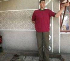 وفاة أطول رجل في العالم
