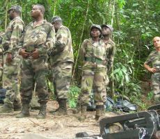 الجيش يقتحم الإذاعة.. وإعلان