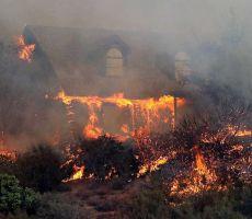ارتفاع عدد قتلى حرائق كاليفورنيا.. والوضع 'سيستمر بالتفاقم'