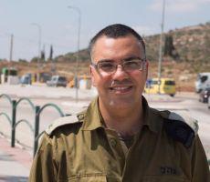 موقع 'إسرائيلي' يتهم أفيخاي أدرعي بإخفاء الحقائق خوفاً من مواجهة مع حماس