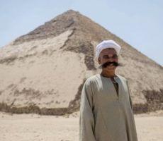 مصر تفتح الهرم المنحني أمام الزائرين لأول مرة منذ أكثر من 50 عاما