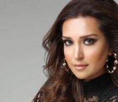 'أوبرا الأفغانية': خاطرت بحياتي لتقديم برنامج في التلفزيون