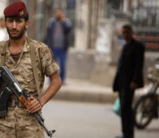 الحرب في اليمن: تقارير عن مقتل 60 في هجوم صاروخي على مركز تدريب للقوات الحكومية في مأرب