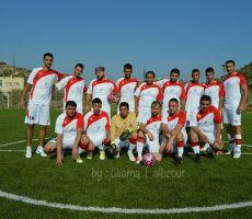 فريق شركة القدس للمستحضرات الطبية لكرة القدم يستأنف تدريباته