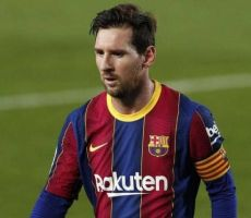 عقد ميسي يهدد برشلونة بالإفلاس!