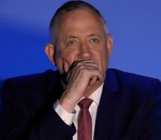 غانتس يحذر مما سيحدث في إسرائيل حال فوز نتنياهو