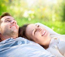 السعادة الزوجية... هل هي ضمانة لصحة القلب والأوعية؟