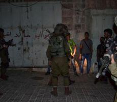 اعتقالات في مناطق متفرقة بالضفة