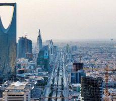 الاقتصاد السعودي توقف عن النمو تماما.. صحيفة فرنسية تحذر: المملكة في طريقها للإفلاس خلال عامين