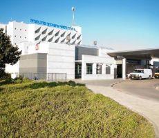 عربي من الجليل (34 عامًا) مصاب بالكورونا يقفز من الطابق الثالث في مستشفى بطبريا  واصابته خطيرة