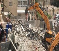 الاحتلال يهدم مسكنا ويسرق خلايا شمسية شمال طوباس