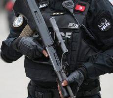 تونس.. مطلوب يفجر نفسه غربي العاصمة (صورة)