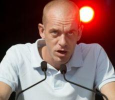 فرنسا تحتج على مواصلة اعتقال المحامي حموري
