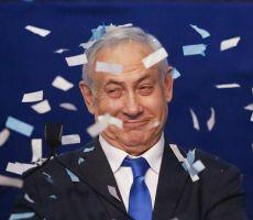 صحيفة اسرائيلية تحذر: نتنياهو يقوم بتنفيذ المرحلة الحاسمة في خطته.. 'حرق اسرائيل'