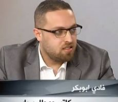 الرئيس محمود عباس يصارع وحيداً في معركة إنكفأ عنها العرب...بقلم فادي أبو بكر