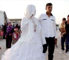 القبض على عريس خليجي و ثمانيني يزّور عقود زواج في مخيم الزعتري