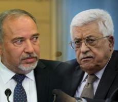 ليبرمان يزعم: أبو مازن يستغل تفجير موكب الحمدالله ويسعى لجرنا لمواجهة عسكرية مع حماس