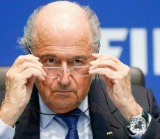 بعد الفضيحة السوداء.. بلاتر يوجه صفعة جديدة لمونديال قطر