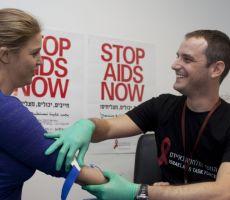 عالمان اسرائيليان يؤكدان ابتكار دواء للايدز
