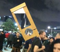 تحريض في اسرائيل وتنديدات بسبب رفع مقصلة ضد نتنياهو