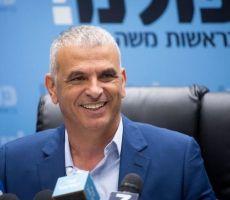 وزير المالية الإسرائيلي : سنقتطع رواتب الأسرى الفلسطينيين ' بضغطة زر '