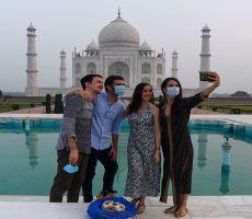 الهند تعيد فتح تاج محل رغم تزايد الإصابات بكورونا