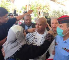 اللحظات الأولى لوصول الأسير الأردني عبدالله أبو جابر بعد 20 عاما في سجون الاحتلال