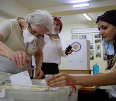 باشينيان يعلن فوزه بالانتخابات التشريعية في أرمينيا وخصمه يعترض