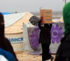 تقرير صادم .. أرامل سوريات أُجبرن على تصوير أنفسهن عاريات مقابل تقديم مساعدات غذائية لهنّ!