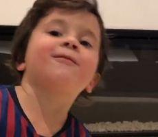 فيديو.. ابن ميسي يصيب الكاميرا بتسديدة قوية!