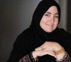 قصة نجاح تامي أمبل.. أميركية اعتنقت الإسلام ترعى 14 ابناً وبنتاً وتجني 100 ألف دولار شهرياً