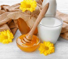 7 فوائد لشرب الحليب بالعسل صباحاً