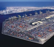 'موانئ دبي العالمية' : نقيم تطوير موانئ ومناطق حرة بإسرائيل