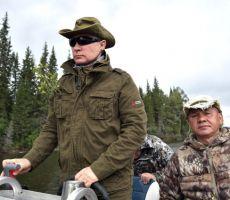 شاهد.. جلسة تصوير لـ بوتين اثناء استمتاعه برحله صيد في سيبيريا