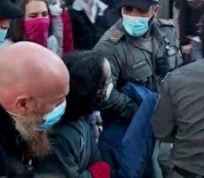 اعتقال 8 متظاهرين حاولوا إغلاق مقر إقامة نتنياهو بالقدس