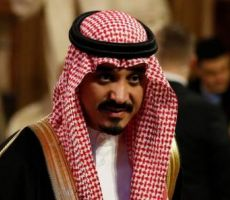 السفير السعودي في لندن لديه 'بار' في منزله .. ويبتسم (شاهد)