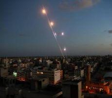 الاعلام العبري: اطلاق صواريخ من غزة باتجاه الغلاف.. وجيش الاحتلال ينفي