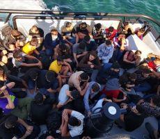 إنقاذ 59 مهاجرا قبالة السواحل الغربية لتركيا تعطل محرك قاربهم