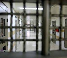' العليا الاسرائيلية' ترفض الالتماسات المقدمة ضد الاعتقال الاداري للاسيرين جنازرة وقطيش