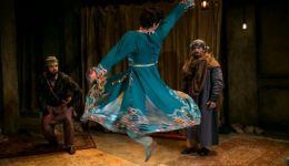 غضب من عرض مسرحية أمريكية عن غلمان اللهو في افعانستان