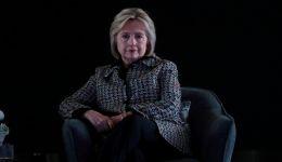 هيلاري كلينتون: عشت لحظات هوان أريد أن أمحوها وأتجاهلها