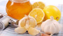فوائد تناول خليط الثوم والليمون على الريق