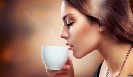 هكذا تستمتع بالقهوة دون الإضرار بأسنانك