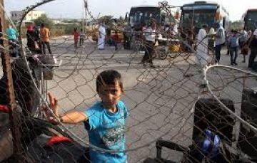 صحيفة: خطوات لتخفيف الحصار عن غزة بين القاهرة وحماس بموافقة اسرائيل قد تغضِب عباس