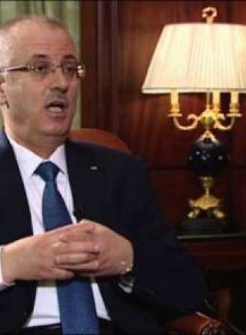 صحيفة: مالية غزة توقف تحويل أموال الضرائب الى حكومة الوفاق